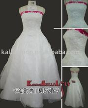 1325C Ball gown hand beading red and white wedding dress