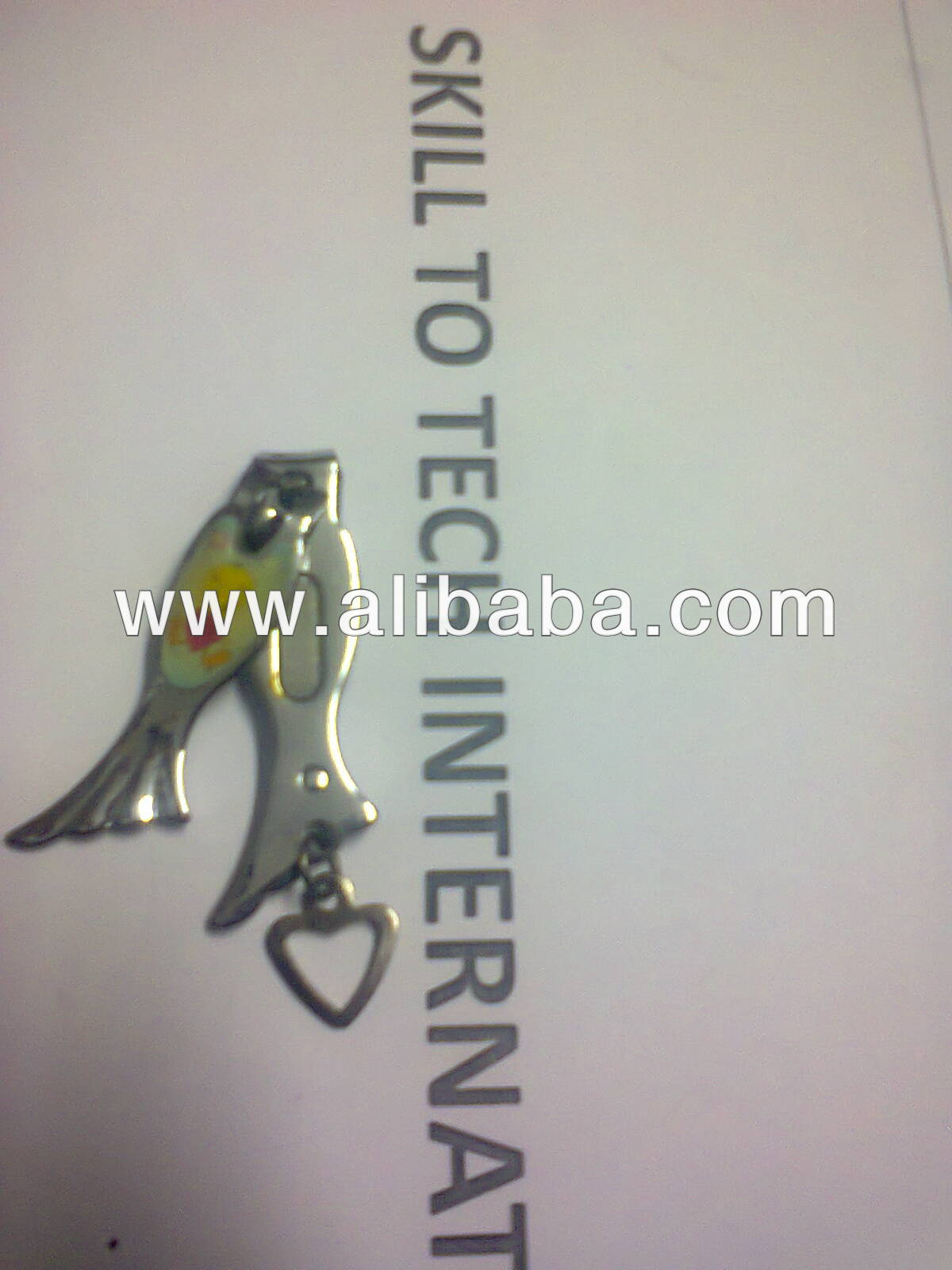 nail cutter with key ring
