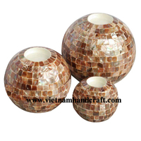 Quality eco-friendly hand made ball shaped lacquered T light holders with seashell inlay