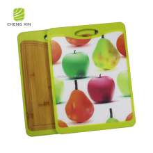 2018 hot sale new design Eco-friendly bamboo carved cutting board
