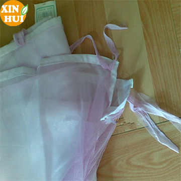 wholesale mesh fabric mosquito net portable and foldable
