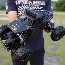 4wd driving off road vehicle climbing rc car with bigfoot
