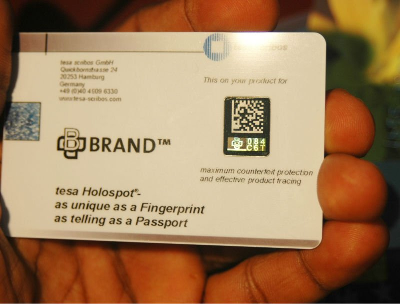 VARIABLE DATA HOLOGRAM ID CARDS