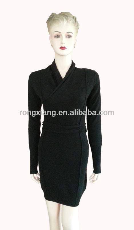 New design Ladies fashion rolled collar black winter sweater dress