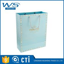 Newest selling OEM design eco-friendly shopping christmas paper gift bag