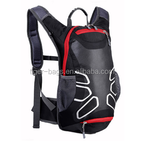 Travel hydration backpack with large capacity water bladder in dusty