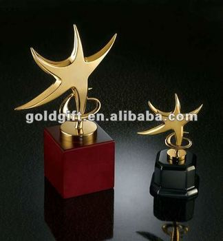 gold plate metal star trophy with wood base