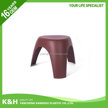 Colorful plastic sitting stool for kids camel stool