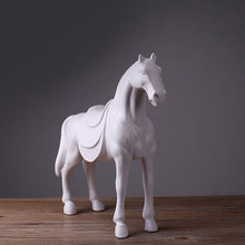 Hot selling decoration resin cast horse animal for gift home decoration horse