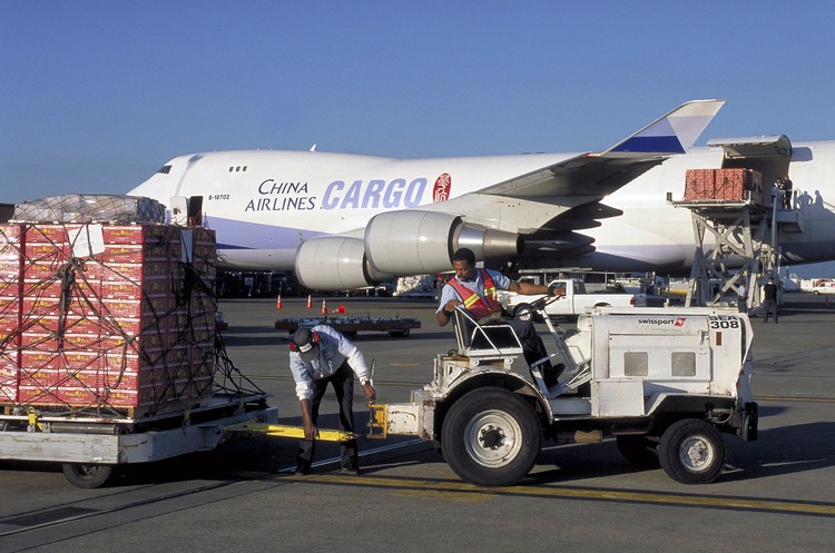 Air freight service cheap rates door to door service from China to USA UK Germany Canada professinal service