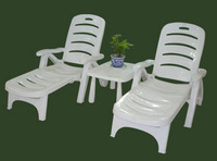 The most popular solid wood & plastic lounge chair Long beach chair for sale