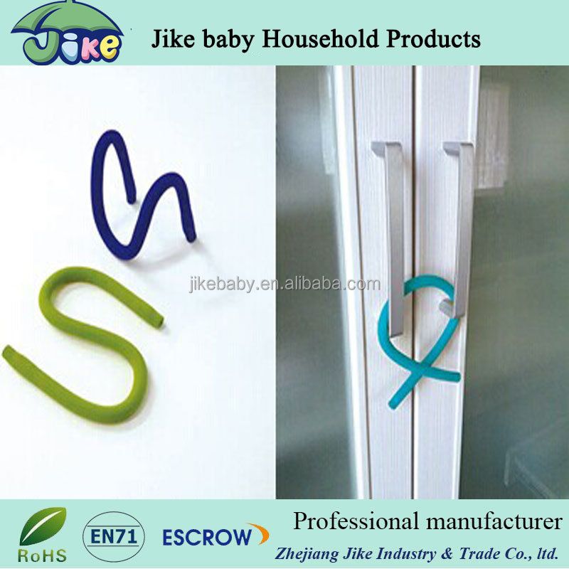 hot selling baby products flexible stroller hook adjustable baby safety lock