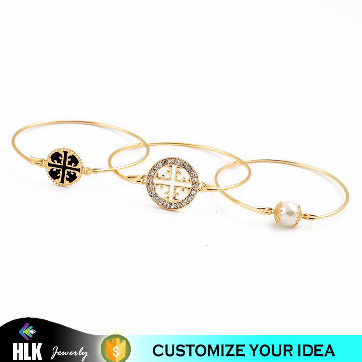 New top quality fashion four crown pattern round pearl pendant single line bangles, alibaba women wholesale gold plated hot sale