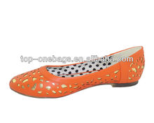 Fashional latest lady design shoes 2013 flat leather court shoes