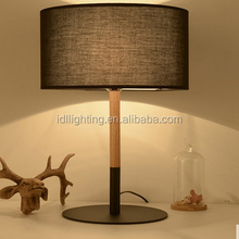 Modern Style and Energy Saving Light Source wooden table lamp