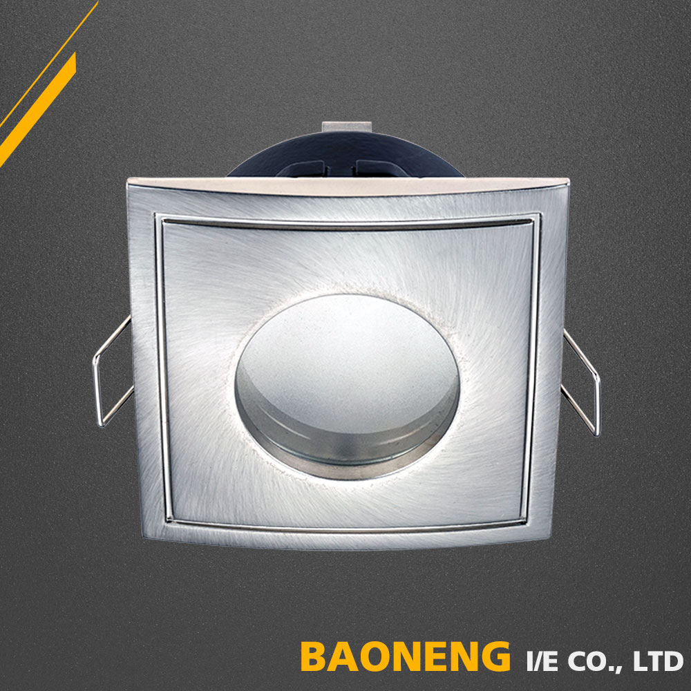 CE RoHS Approved Ra80 Aluminum Die Casting Indoor 7W AR111 LED Spot