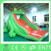 2015 QIQU Small size Inflatable Frog Slide