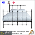 2017 modern latest king size metal bed made in china