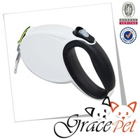 Auto retractable automatic dog leash with rubber handle