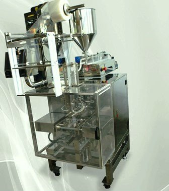 Easy Vertical Form Liquid Filling & Packing Machine
