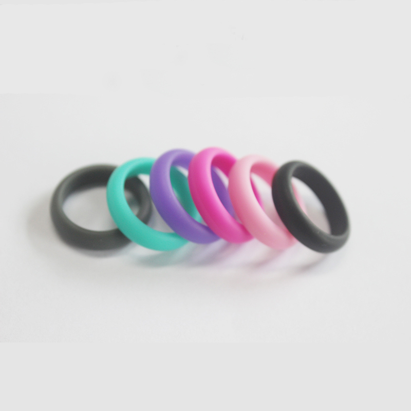 Flexible Rubber Band Silicone Wedding <strong>Ring</strong> Design for Women Sports 5mm Wide Logo Customization Silicone Wedding Band <strong>Ring</strong>