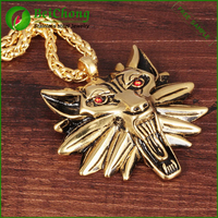 Beautiful necklace red stone wolf head gold animal pendant
