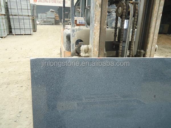 Bajo precio china g654 granito gris oscuro granito for Costo del metro de granito