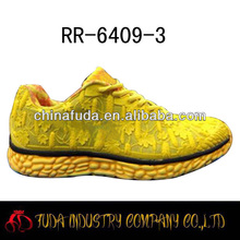 bright color running shoes for men