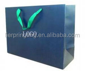 Chinese wholesale customized hot sale cluxury shopping paper bag with handles
