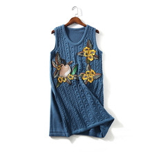 China supplier fancy knit sleeveless sweater with oriental embroidery dress