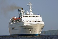 Sales of second-hand luxury cruise