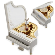 Creative Valentine's Day Gift Laputa Piano Dancing Lovely Ballerina Girls Rotating Music Box Vintage Mechanical Classical