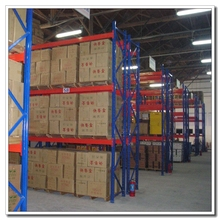 Structual Selective Interlake Galvanized Pallet Rack Parts Cross Bars Beam Upright Frame Type Size