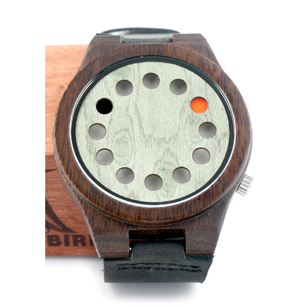 2017 Hot sales wooden hollow case round hole point case multifunction watches
