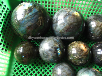 Natural flash labradorite spheres
