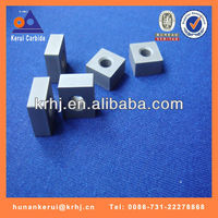 Chain saw inserts for vertical and horizontal stone cutting in pit quarry