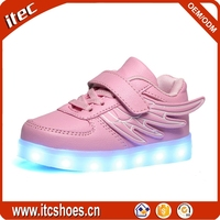 Led flashing light up skate shoes for kids with wings