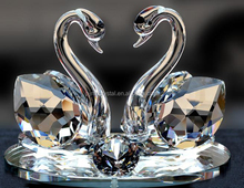 Crystal Swan for Wedding Return Gifts MH-D0304