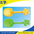 2 colors assorted cute plastic beach shovel toy