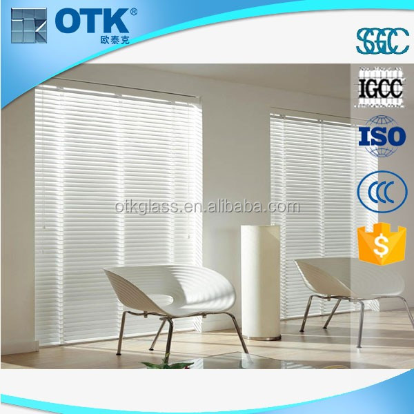 Insulated blind glass for window and door