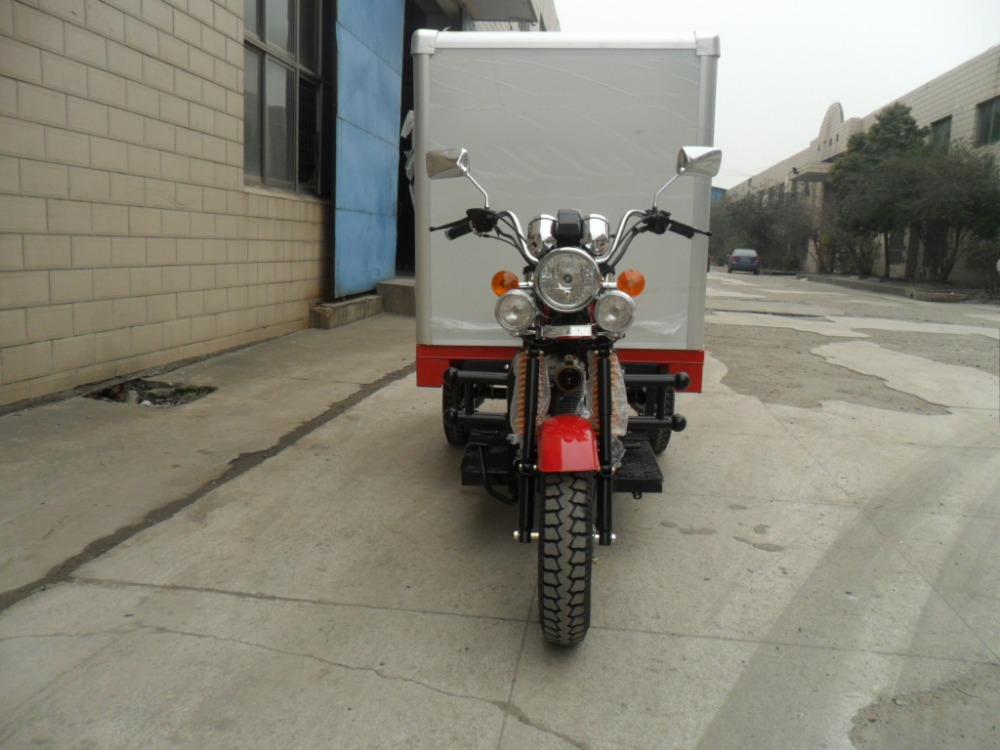 New Style 150cc 200cc 250cc Three Wheel Cargo Tricycle With Closed Box China Supplier On Sale