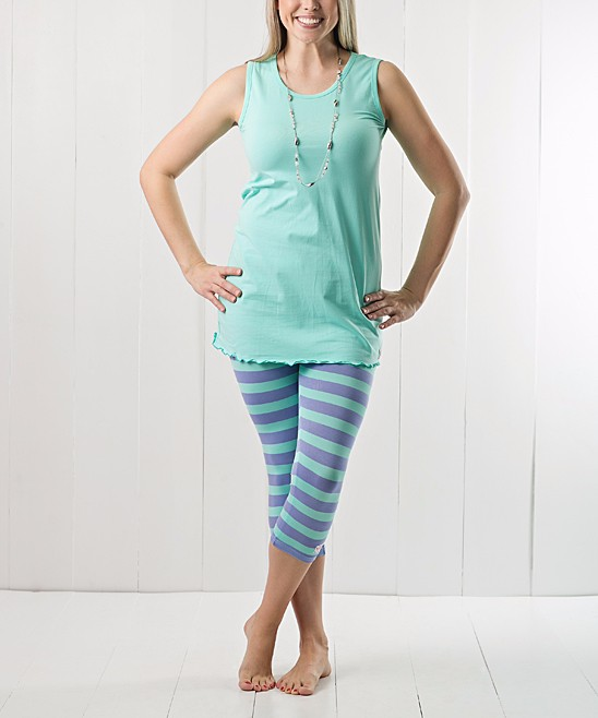 Plus Ladies Summer Beach Tank & Capri Leggings Outfits