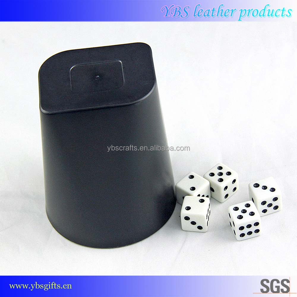 Attractive durable custom colorful Factory Eco-friendly advertising giftware PVC personalized leather dice cup set