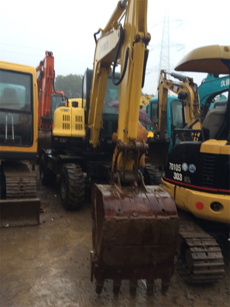 Wheel Excavator R60 Cheap Price 6 Ton Used Hyundai Excavator