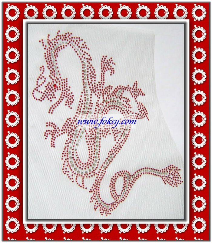 Hot fix rhinestone motif dragon design