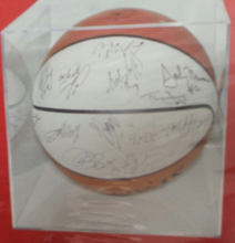Customized Transparent Acrylic Plexiglas Basketball Display Case