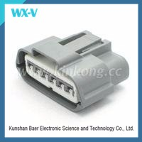 High Quality 5 Pin Female PBT Square Tube Connectors 7283-5830