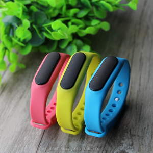 Bluetooth 4.0 Wearable iBeacon Ble Beacon Silicon Wristband With Vibrator