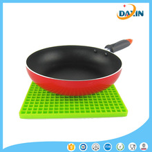 Eco-friendly Heat Resistant Silicone Rubber Hot Pads Place Table Mats