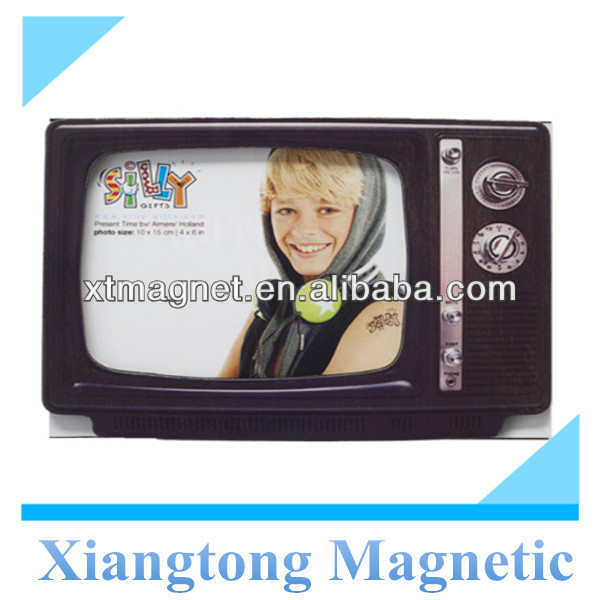 Retro-TV Personalized Custom Design Beautiful Paper Fridge Magnet Photo Frame